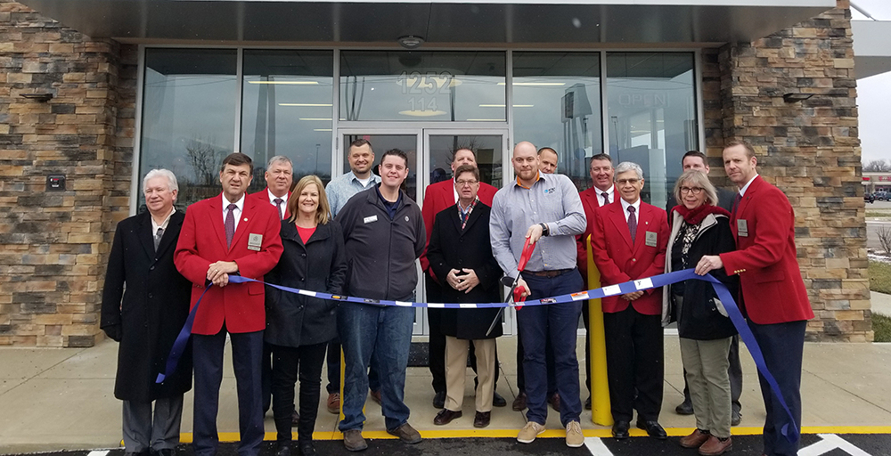 December Ribbon Cuttings at El Tequila and the AT&T Store!